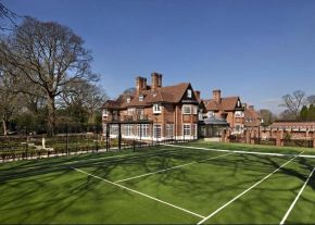 Choose ETC Sports Surfaces as your UK tennis court contractors: professional, affordable surfaces, equipment and maintenance for private, public and residential clubs