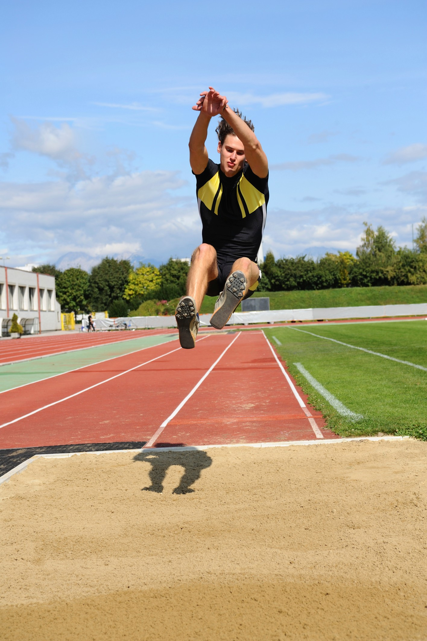ETC Sports Surfaces are experts in installing and maintaining polymeric athletic track surfaces.