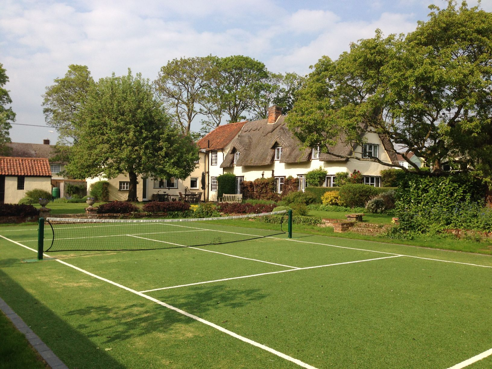 ETC Sports Surfaces specialise in designing, installing and maintaining all types of tennis courts, from residential to professional