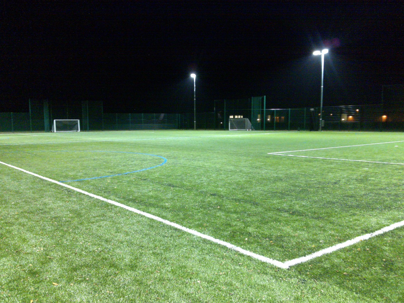 3G pitch costs will vary according to the specification of the pitch, as well as any extras like fencing and floodlighting