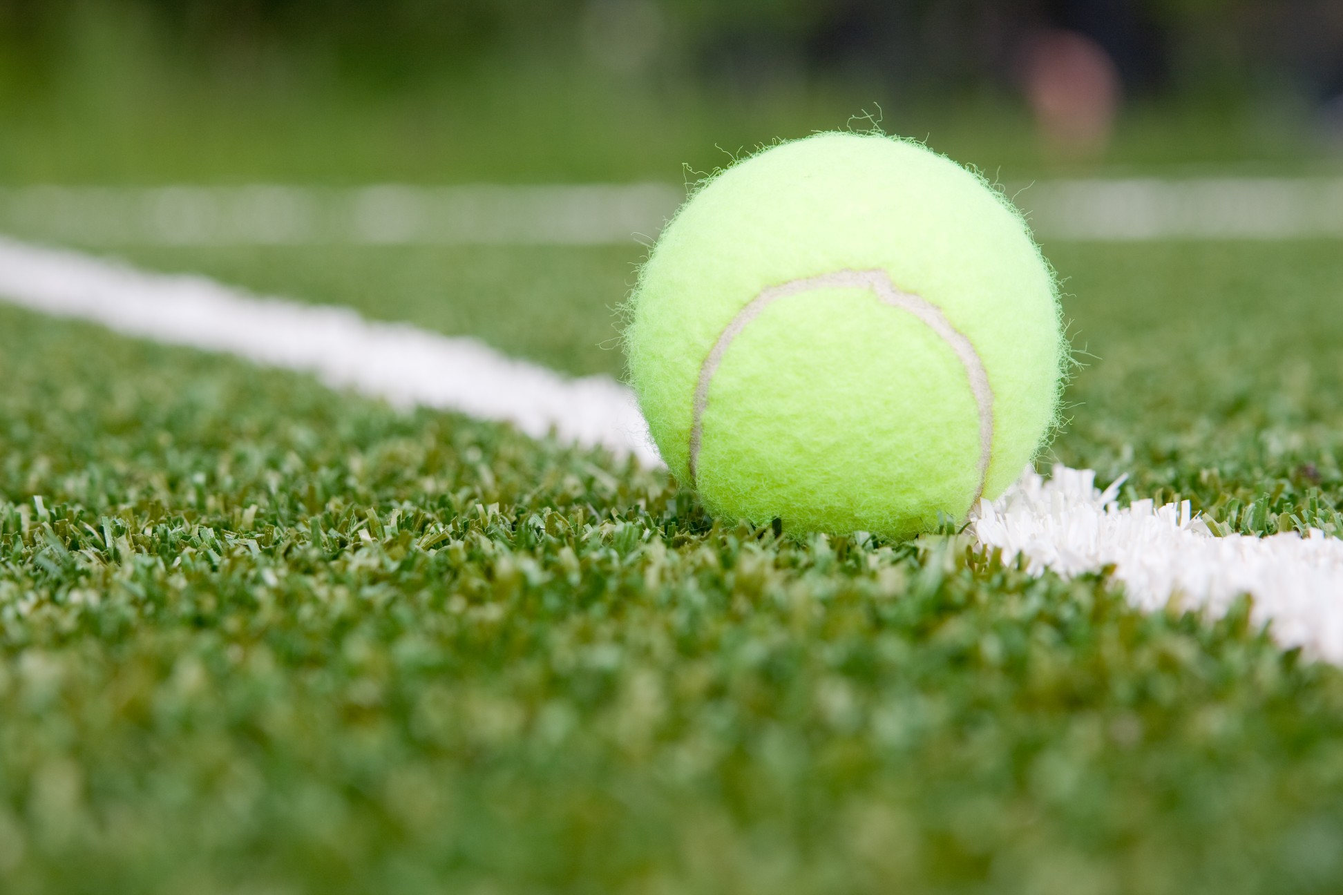 ETC Sports Surfaces are professional, accredited installers of UK synthetic tennis courts.
