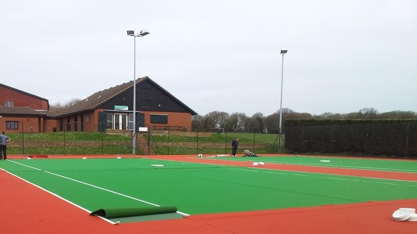 Artificial sports surfaces mugas etc sports surface for Cout autoconstruction