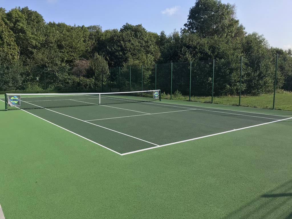 London Macadam Tennis Court by ETC Sports Surfaces