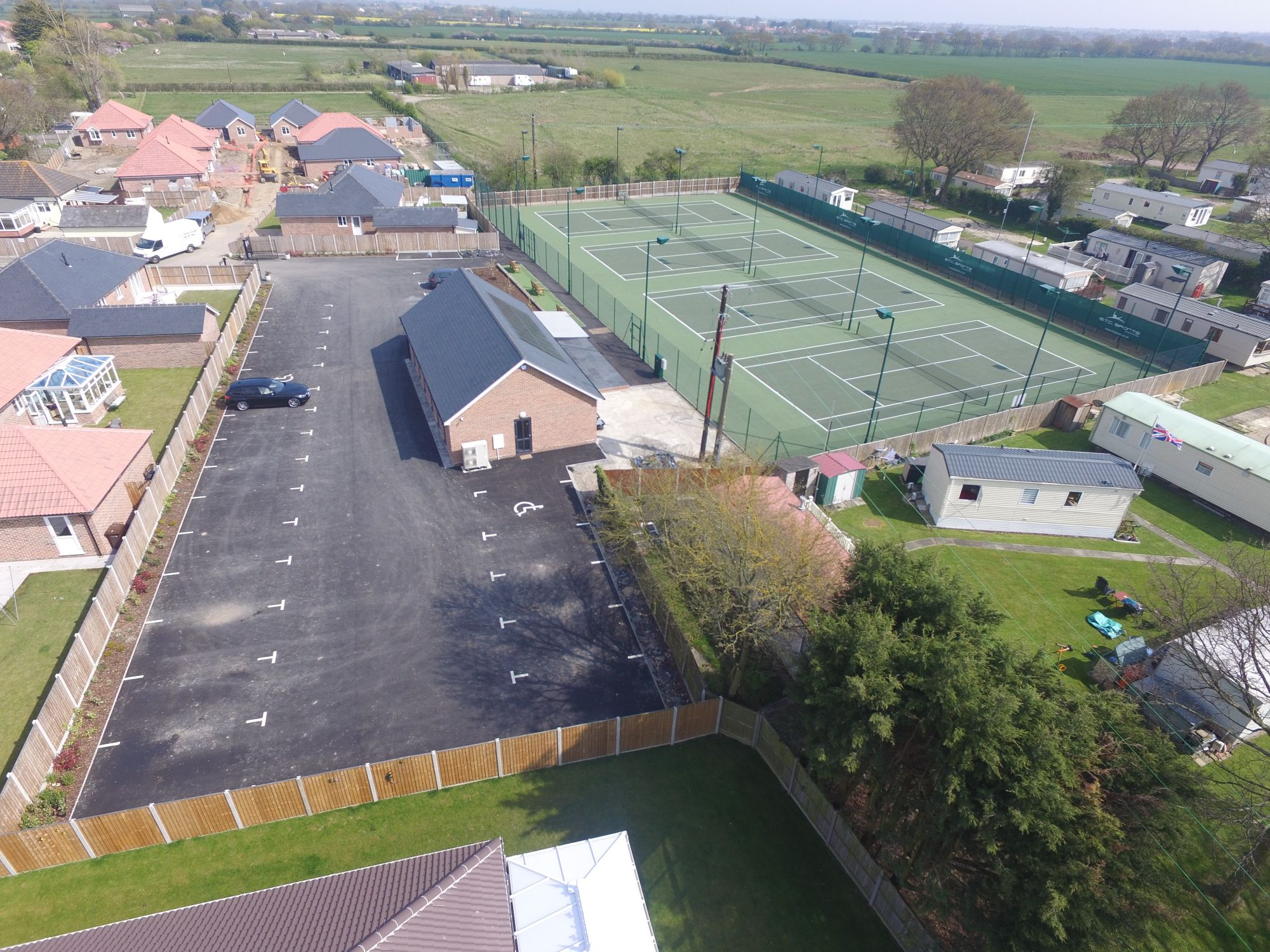 ETC Sports Surfaces collaborated with all project sub-contractors to maximise disability access to these new hard tennis courts